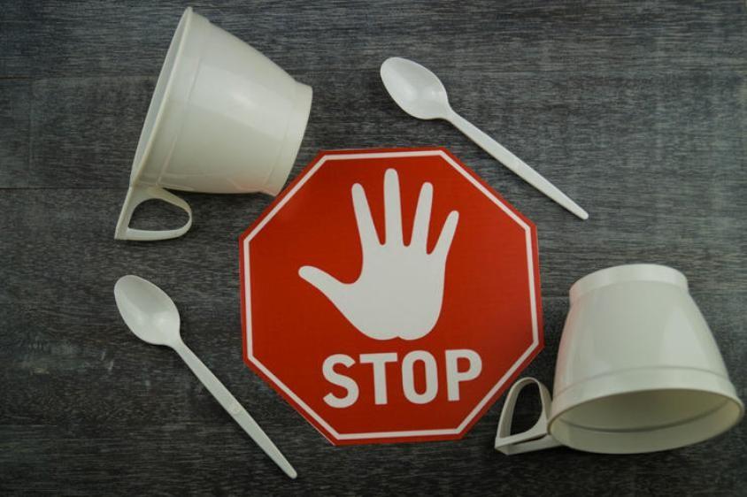 Resultado de imagen para France stop plastic