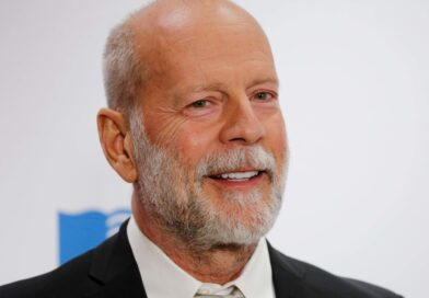 Bruce Willis kicked out of pharmacy in Los Angeles